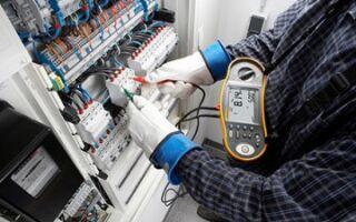 Ремонт и обслуживание электрооборудования на предприятии